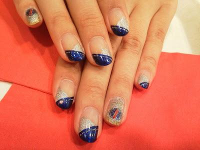 раскраска ногтей болельщицы в цвета Red Bull для Гран-при Японии 2011