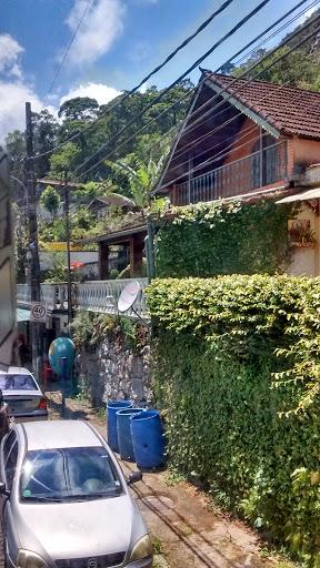 Albergue da Juventude Quitandinha, Rua Uruguai, 570 - Quitandinha, Petrópolis - RJ, 25650-121, Brasil, Residencial, estado Rio de Janeiro