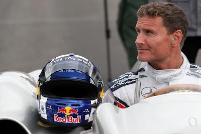 Дэвид Култхард в болиде Mercedes на Нюрбургринге в дни уикэнда Гран-при Германии 2011