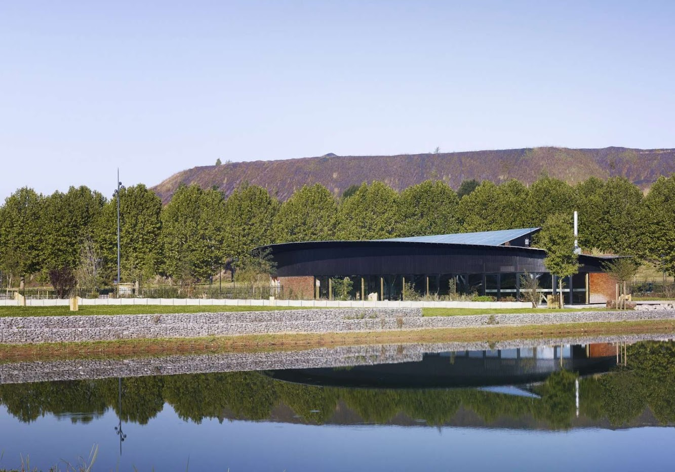 Aquaterra Environmental Centre by Tectoniques Architectes