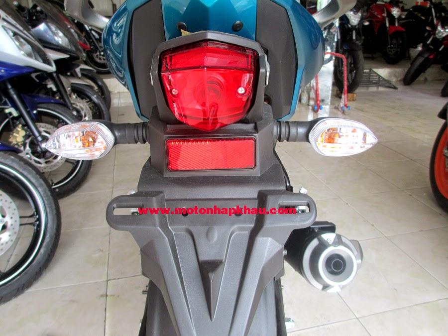 Yamaha%2BFZS%2BV2.0%2B(10)