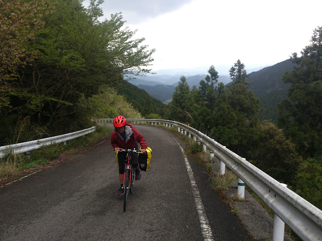 Climbing up route 60, near Yatsushiro