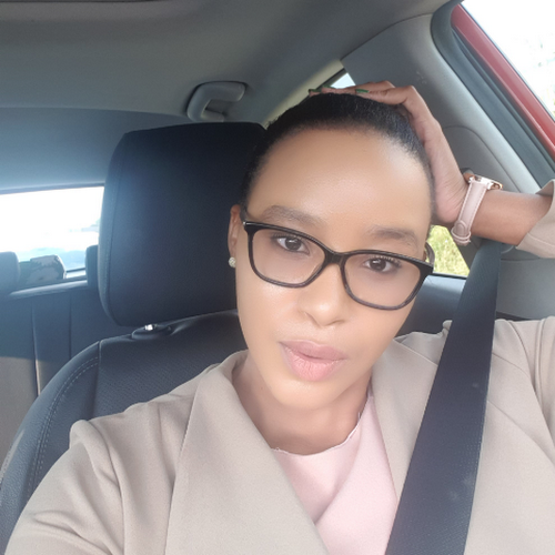 Phindile Gumbi images, pictures