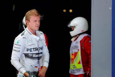 разочарованный Нико Росберг после квалификации на Гран-при Испании 2014