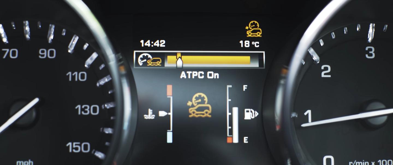 Việc điều tiết lực tốt, kỹ thuật tinh xảo, giúp xe vượt qua được thử thách khắc nghiệt