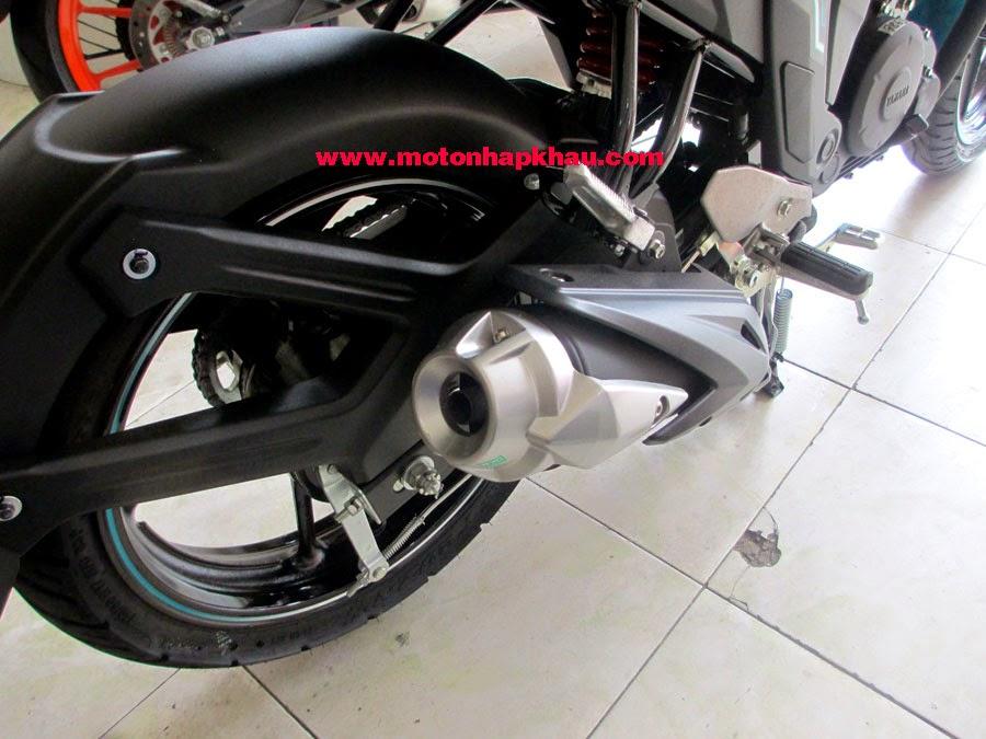Yamaha%2BFZS%2BV2.0%2B(8)