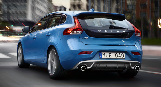 2014 volvo v40 gains updated engine lineup more awd offers for cross country. Black Bedroom Furniture Sets. Home Design Ideas