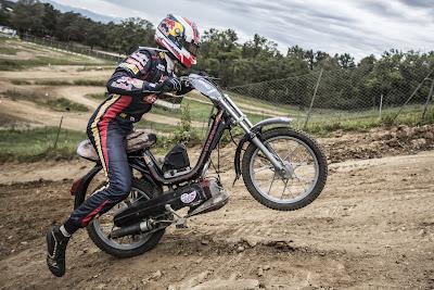 Даниил Квят на мотоцикле 4 сентября 2014