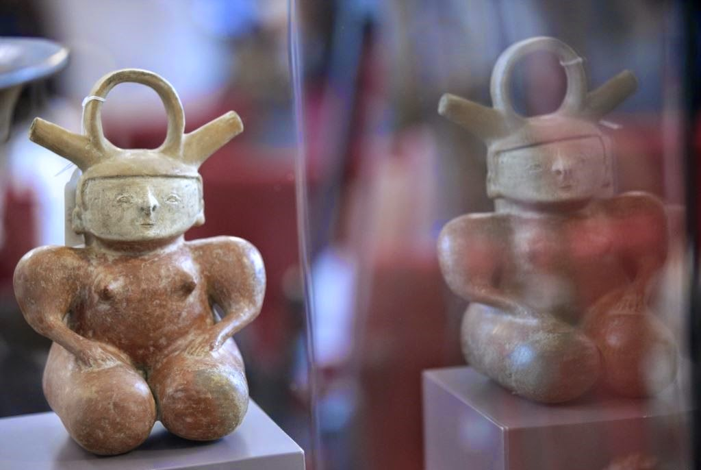 South America: Spain returns stolen archaeological pieces to Colombia