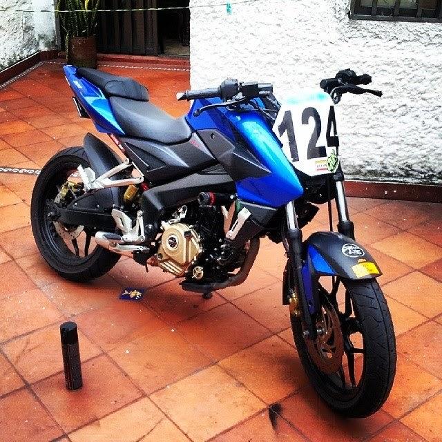 Bajaj Pulsar 200NS Custom