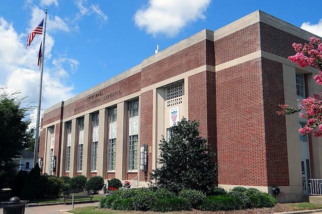 Reidsville City Hall / old Reidsville post office