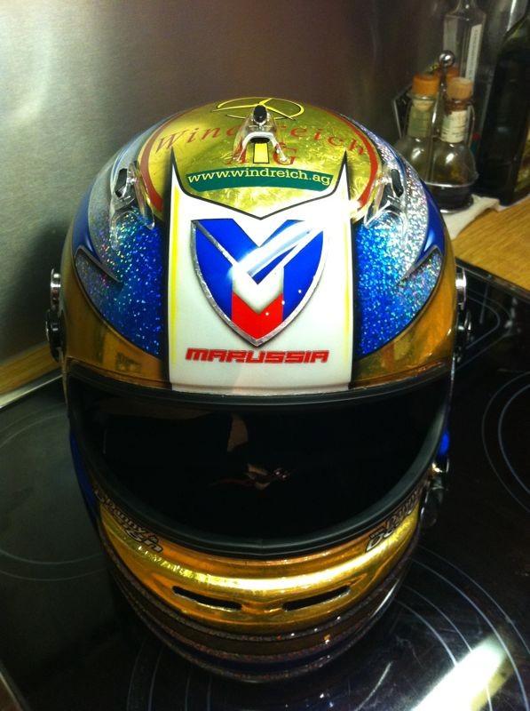 специальный дизайн шлема Тимо Глока на Гран-при Сингапура 2011