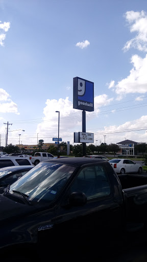 Thrift Store «Goodwill - Nolana (McAllen)», reviews and photos