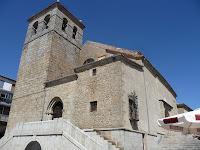 La Iglesia de Béjar se eleva en la Plaza Mayor