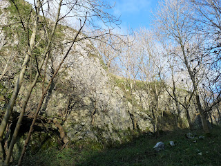 Cliffs in Nab Dale