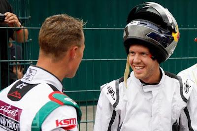 Михаэль Шумахер и Себастьян Феттель - фотосессия перед гонкой на картинговом турнире в Керпене