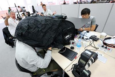 в пресс-центре на Гран-при Кореи 2012