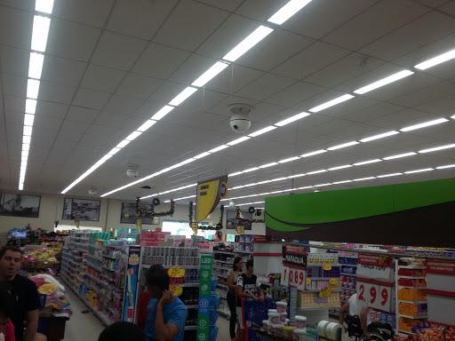 Reis Supermercado, 4702, Avenida Raulina F Paschoal, 4566 - Lot. Santa Helena, Catalão - GO, Brasil, Supermercado, estado Goias