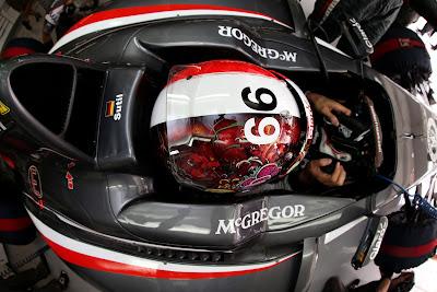 шлем Адриана Сутиля для Гран-при Японии 2014