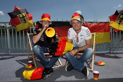 Себастьян Феттель и Нико Росберг болеют за Германию на Гран-при Канады 2012