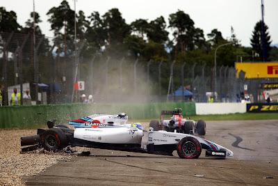 Фелипе Масса сходит на первом круге в первом повороте Гран-при Германии 2014