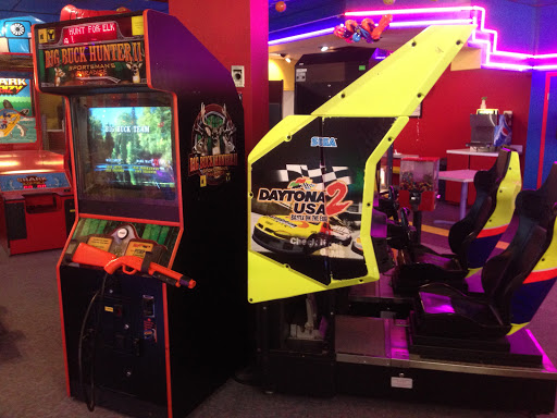 Fun N Gamez Central, 3215 Dunmore Rd SE, Medicine Hat, AB T1B 2H2, Canada, Amusement Center, state Alberta