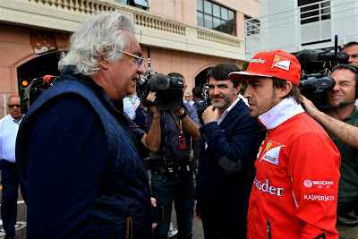 Флавио Бриаторе встречает Фернандо Алонсо на Гран-при Монако 2014