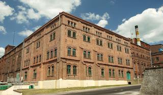 stary budynek zakladow tyskich