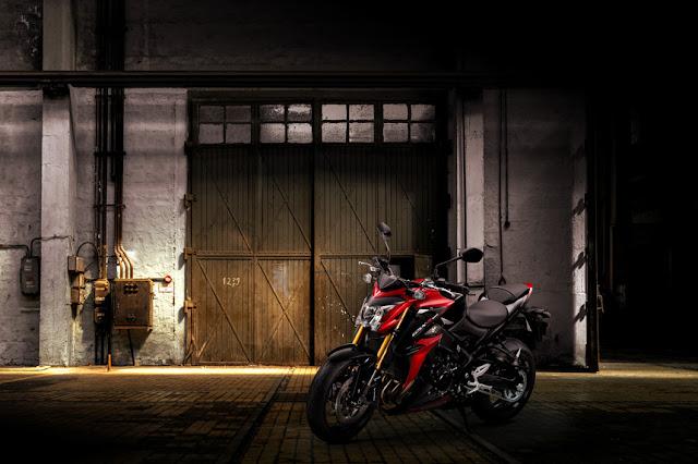 Suzuki GSX-S1000 ABS 2016
