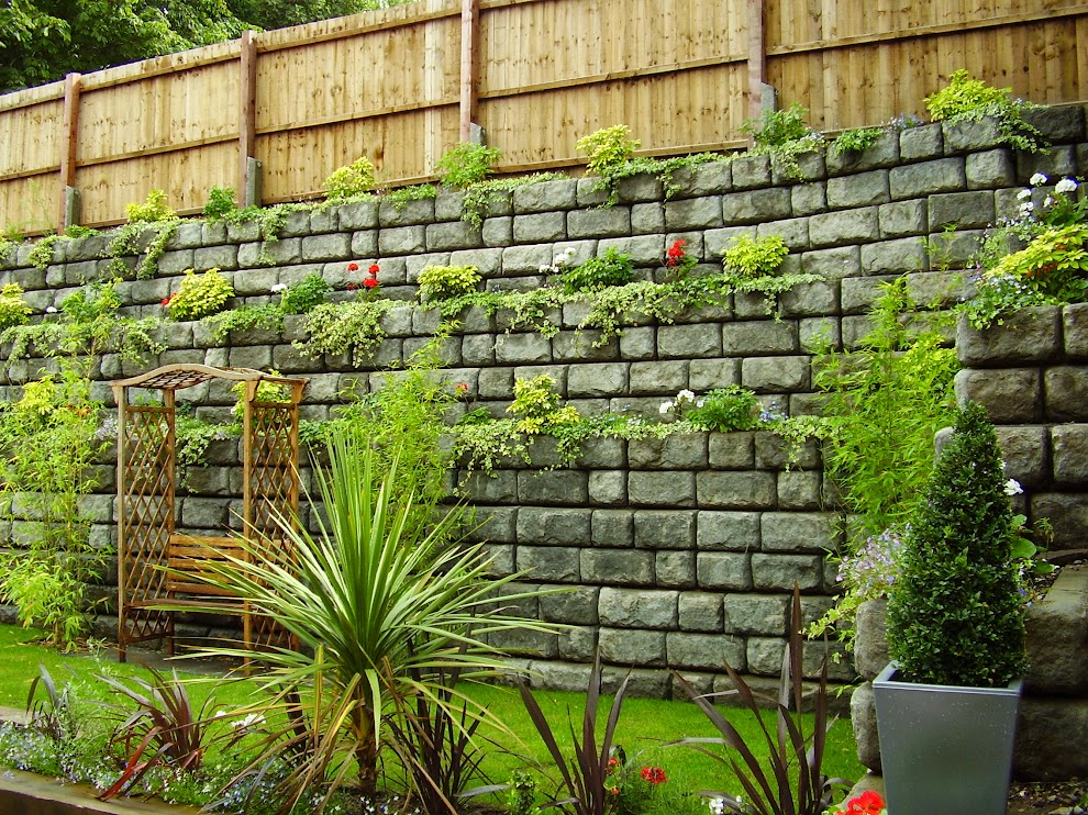uk retaining wall systems