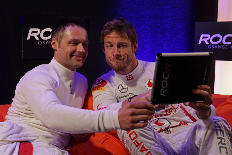 Дженсон Баттон и Энди Приоль на Гонке чемпионов 2011