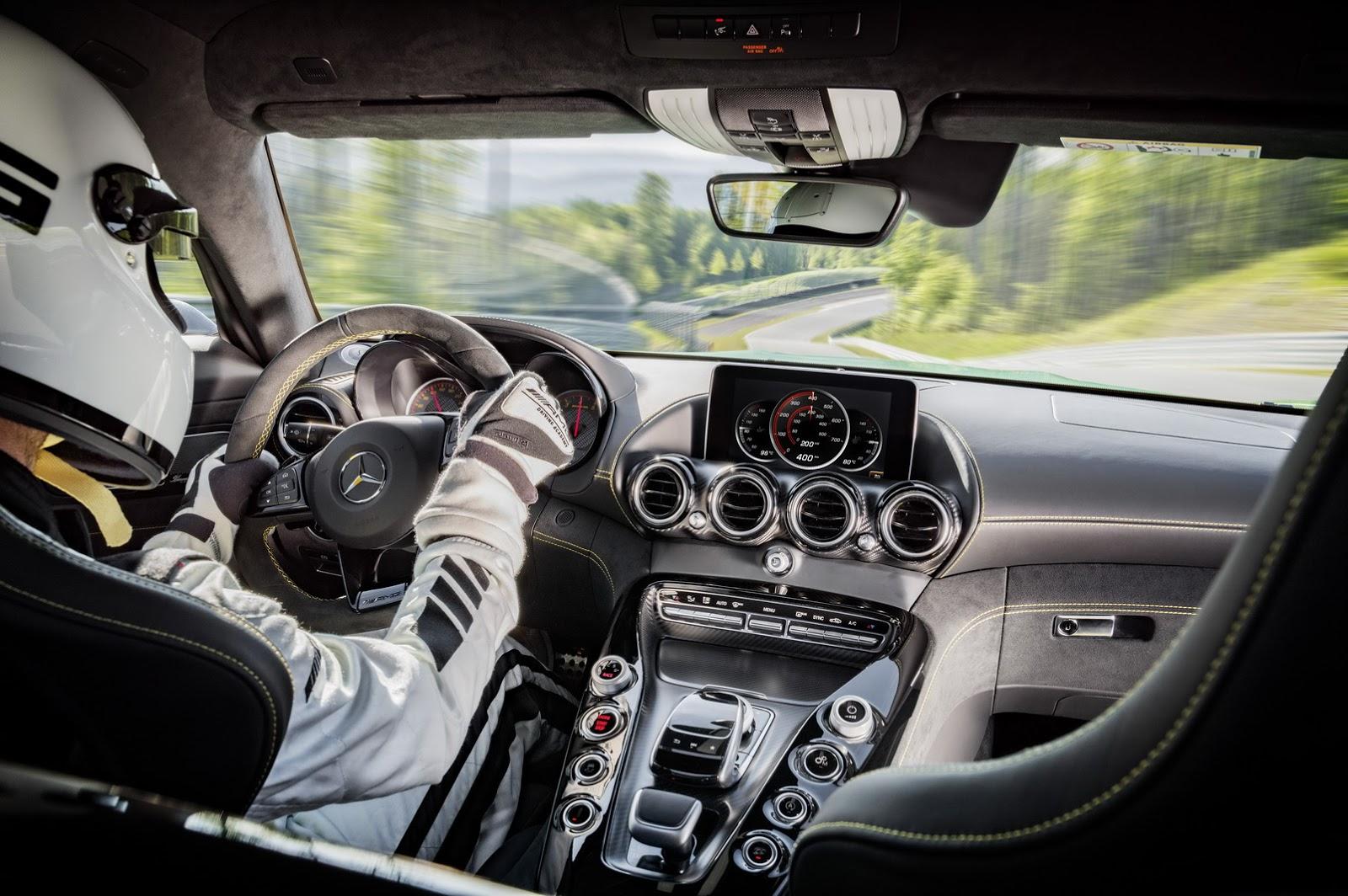 Mercedes AMG GT-R hứa hẹn sẽ là siêu xe đỉnh cao nhất trong phân khúc