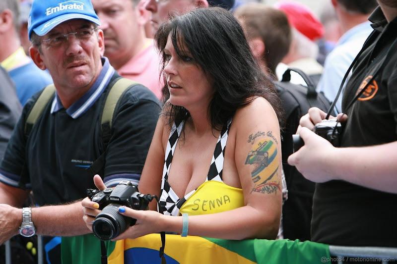 болельщики Айртона Сенны на Гран-при Бельгии 2011