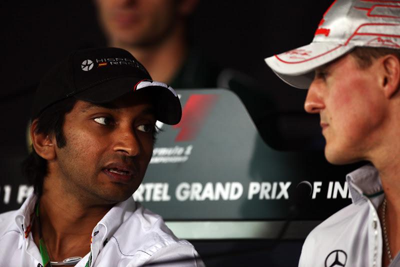 Нараин Картикеян и Михаэль Шумахер лицом к лицу на пресс-конференции в четверг на Гран-при Индии 2011