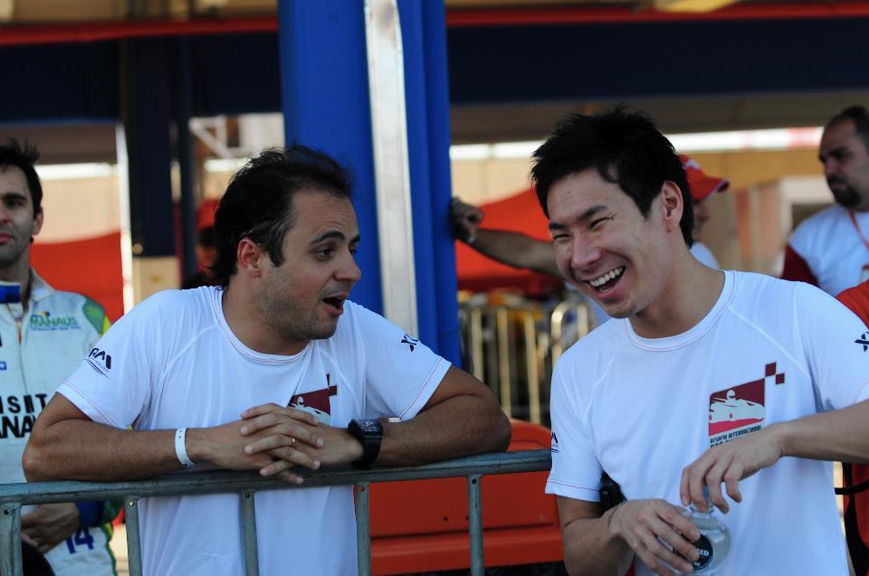 Фелипе Масса и Камуи Кобаяши на картинговой гонке во Флорианополисе - январь 2013