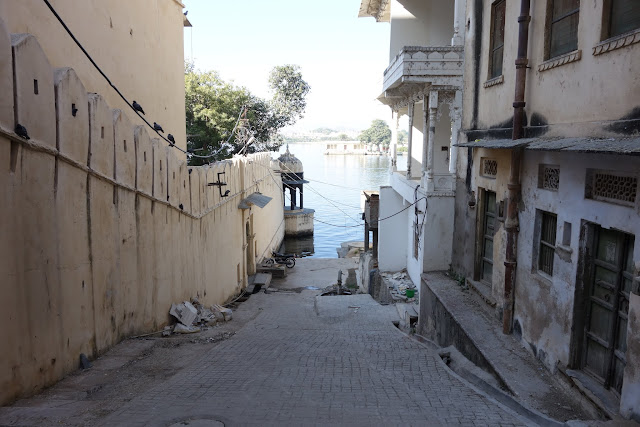 One of Udaipur's streets leading to Lake Pichhola.