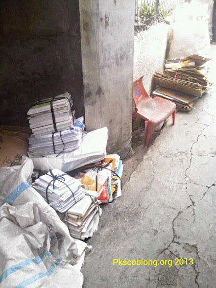 Sampah yang akan ditabung warga RW 06 Sekeloa
