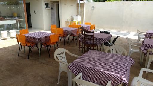 Quintal Da Pizza Pizzaria, R. 10, 599 - Lourdes, Anápolis - GO, 75095-630, Brasil, Pizaria, estado Goiás