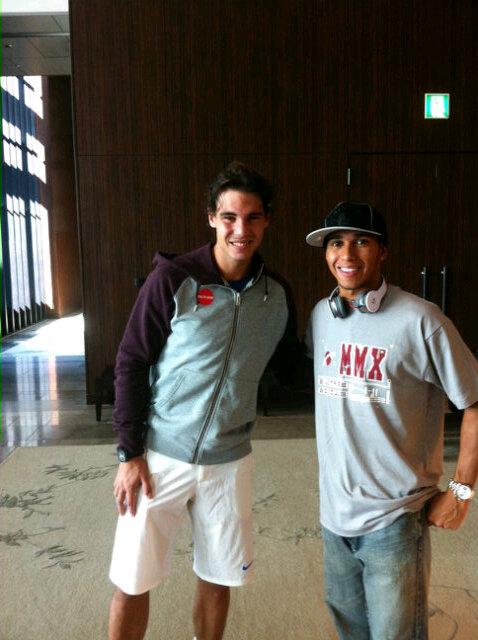 Льюис Хэмилтон c теннисистом Рафаэлем Надалем на Гран-при Японии 2011