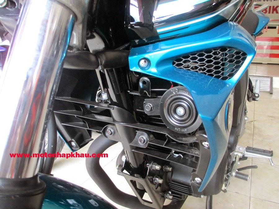 Yamaha%2BFZS%2BV2.0%2B(3)