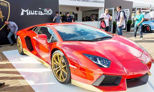 Lamborghini Aventador wraps off a special edition 2016 at Goodwood
