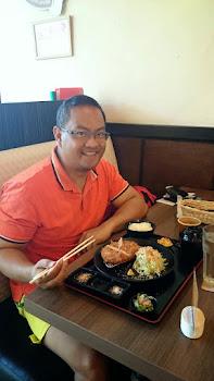 Enjoying a Spanish Iberico Tonkatsu set at Tonkatsu by Terazawa, Ayala Terraces, Cebu