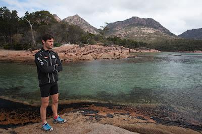 Марк Уэббер и прекрасный пейзаж Тасмании 6 декабря 2011