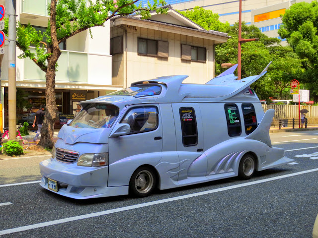 Tricked out van, spotted in Fukuoka
