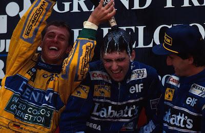 Михаэль Шумахер, Деймон Хилл и Алан Прост на подиуме Гран-при Бельгии 1993