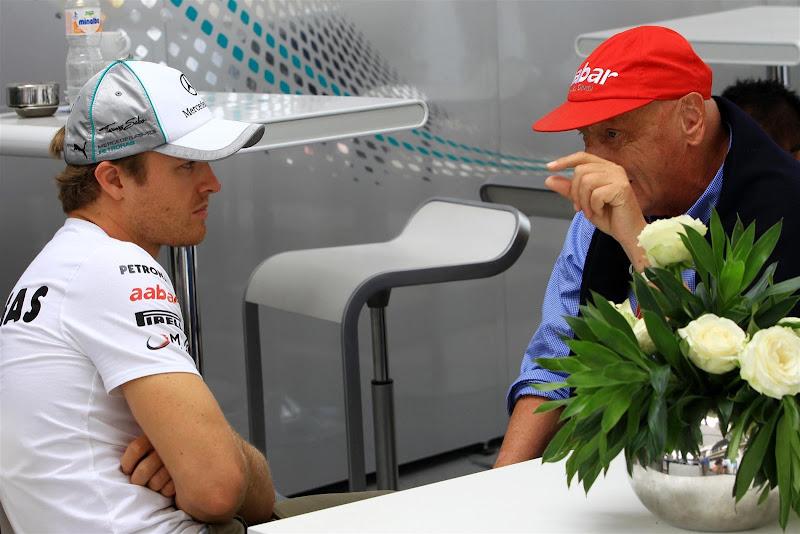 Нико Росберг и Ники Лауда на Гран-при Бразилии 2012