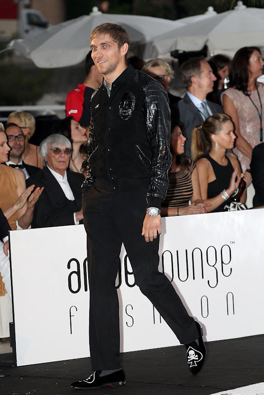 Виталий Петров на Amber Fashion Show на Гран-при Монако 2012