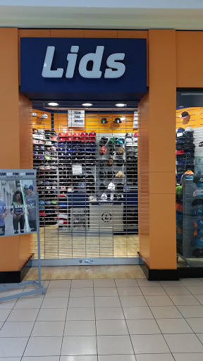 Shop «Lids Locker Room», reviews and photos, 451 E Altamonte Dr ...