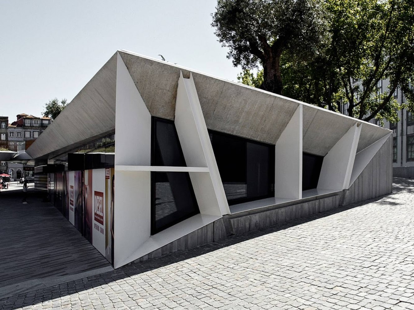 Praça de Lisboa by Balonas Menano Architects