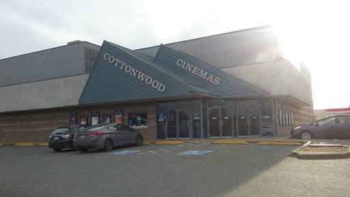 Cottonwood 4 Cinemas, 45380 Luckakuck Way, Chilliwack, BC V2R 1A3, Canada, Movie Theater, state British Columbia